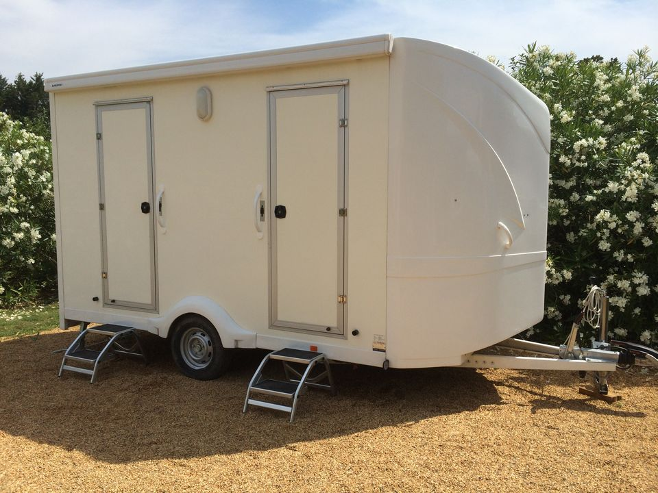 Toilettes de chantier bio sanitaire location - Wc chimique caravane ...