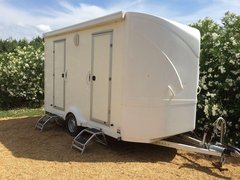 caravane sanitaire bio sanitaire location. Black Bedroom Furniture Sets. Home Design Ideas