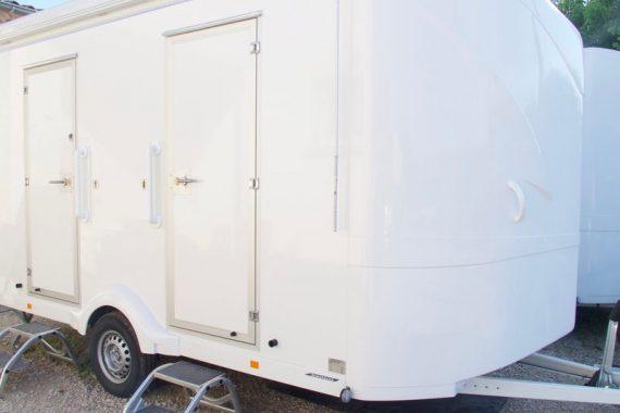 location-caravane-sanitaires-premium-vaucluse