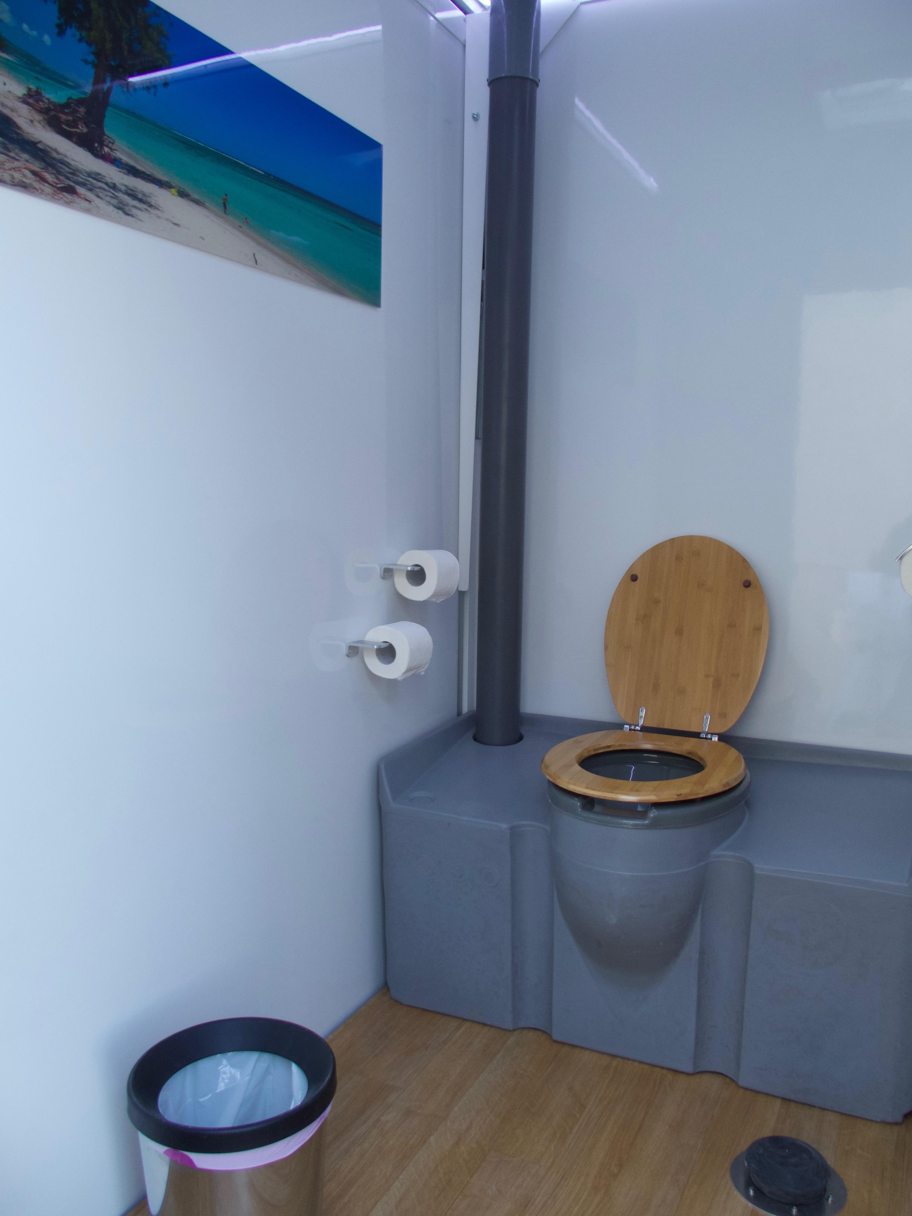 Caravane Sanitaire Confort Bio Sanitaire Location